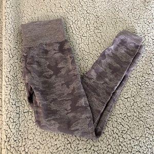 Gymshark Seamless Camo Leggings in Lavender